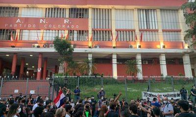 Ciudadanía mostró su hartazgo por la gestión de Mario Abdo Benítez