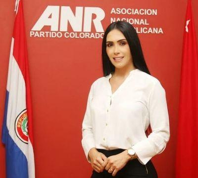 Rossana Barrios incursiona en la política como candidata a concejal de San Lorenzo