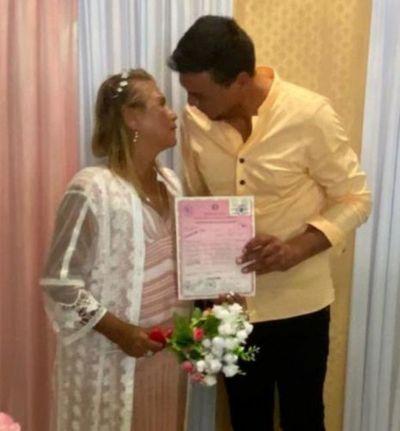 Concepcionera de 70 años se casa con joven de 31