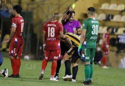Farid Díaz: '¿Para qué puta ponen el VAR? Los árbitros no mejoran un carajo'