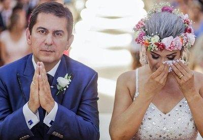 El día que Carlos Báez embaucó 80 millones a pícaro ministro y desnudó el negocio detrás de las noticias