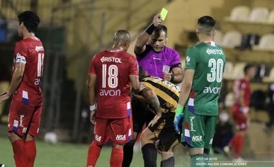 HOY / Admiten falla del VAR en el juego de Guaraní con Nacional