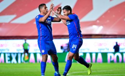 HOY / Cruz Azul gana en México con un gol de Juan Escobar