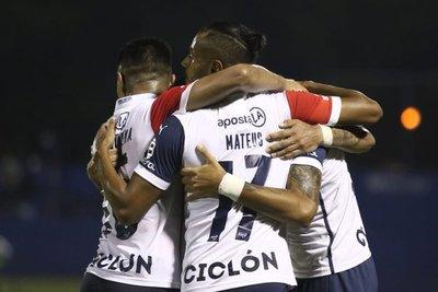 A lo Ciclón: Cerro Porteño venció 3-1 a Sol de América en Villa Elisa.