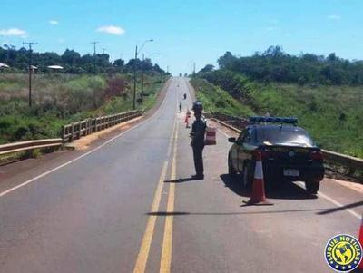 Caminera guía a conductores en zonas de obras del MOPC •