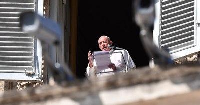 """La Nación / El papa Francisco expresa su """"solidaridad con el pueblo birmano"""""""