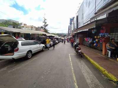 """""""Motochorro"""" asalta a turista en pleno centro de Ciudad del Este"""