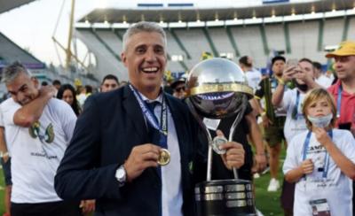 HOY / Tras obtener la Sudamericana, Hernán Crespo se va de Defensa
