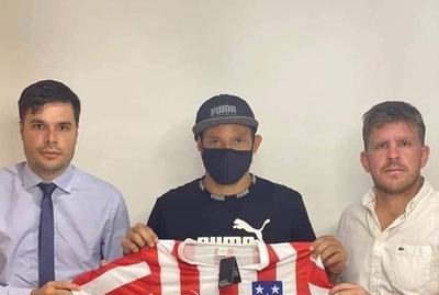 HOY / Fabio Escobar firmó con Presidente Hayes