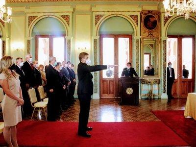 Brunetti jura como ministro de Mitic y busca fortalecer la Agenda Digital