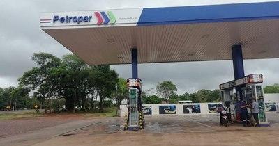 La Nación / Vaticinan que Petropar accederá a presión de la Apesa que reclama ajuste del precio de combustible