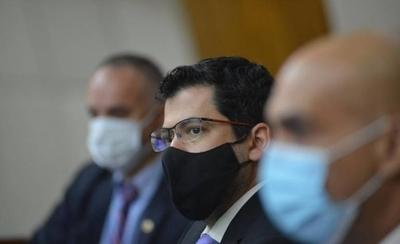 HOY / Vacunas Covid: Comisión Bicameral queda con preguntas tras explicación de Mazzoleni
