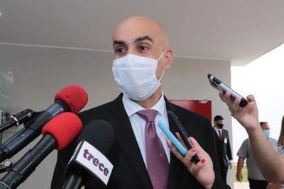 Presentan informe sobre plan nacional de vacunación contra el covid-19 a congresistas – Prensa 5