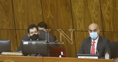 La Nación / Eterna espera: Mazzoleni sigue sin dar fecha de arribo de vacunas anti-COVID
