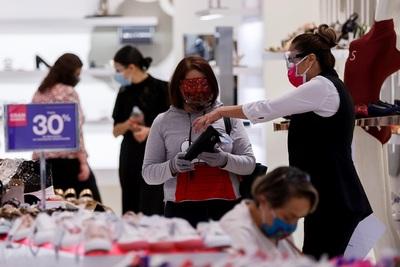 Ciudad de México reabre centros comerciales pese a la presión hospitalaria