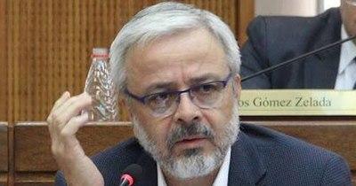 """La Nación / """"Falta información veraz"""", dice el senador Querey"""