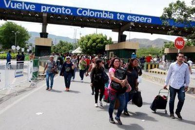 """La Unión Europea calificó de """"histórica"""" la decisión de Colombia de acoger al éxodo venezolano"""