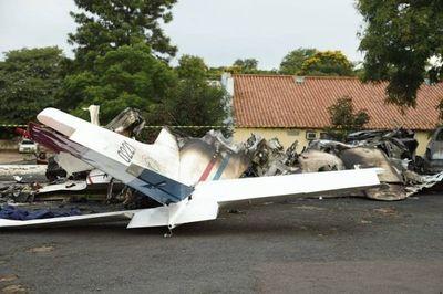Audio que recoge última conversación entre torre de control y piloto de avión accidentado