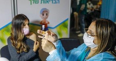 La Nación / COVID-19: Israel inicia la vacunación sin costo a inmigrantes ilegales