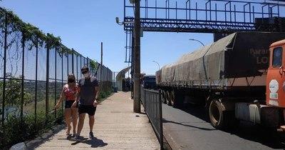 La Nación / Capeco exhorta a que se mantenga sistema de  tránsito de camiones en la frontera