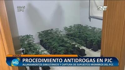 Detienen a miembros del PCC y hallan laboratorio de drogas