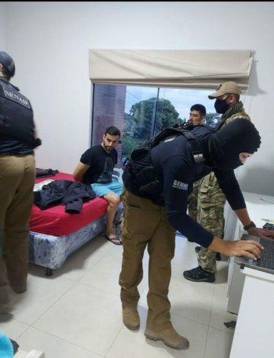 Allanamientos simultáneos, detenidos del PCC y hallazgo de laboratorio de drogas en PJC