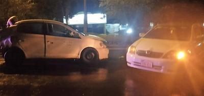 Taxista BORRACHO choco contra su colega en CDE