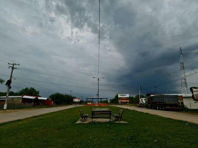 Nueva alerta de tormentas para 11 departamentos