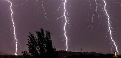 Alertan sobre fuerte temporal para 11 departamentos