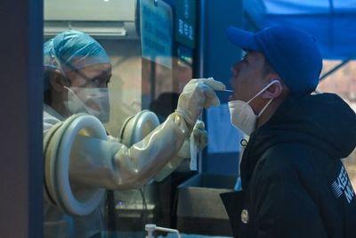 Covid-19: Salud comunica 978 contagios y 15 fallecidos