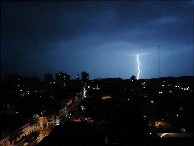 Meteorología anuncia lluvias y tormentas en nueve departamentos