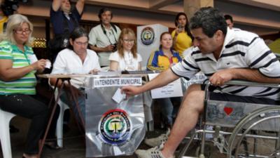 Oposición busca un candidato de consenso para Asunción