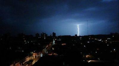 Meteorología advierte sobre lluvias y tormentas para nueve departamentos