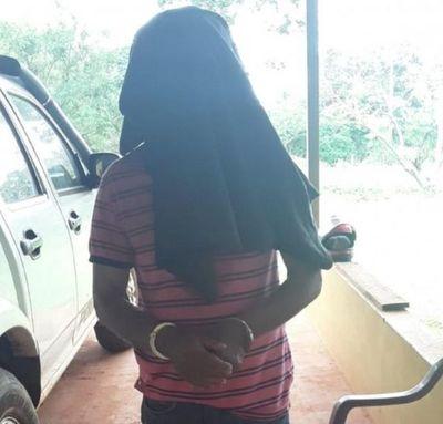 Detienen a médico naturalista por supuesta violación a una adolescente