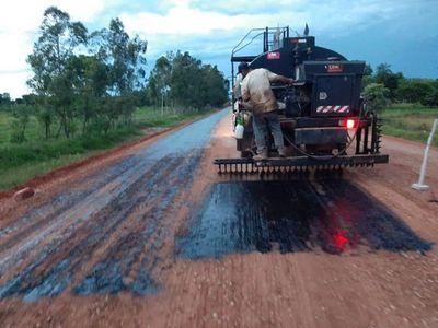 Avanzan trabajos de pavimentación asfáltica en Amambay