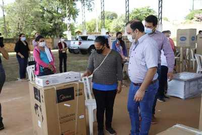 MDS amplía apoyo a mujeres rurales con tecnologías para incrementar valores económicos