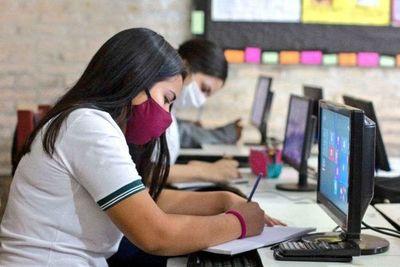 """""""Las clases siguen siendo virtuales, con alguna presencialidad para trabajar"""", afirman"""