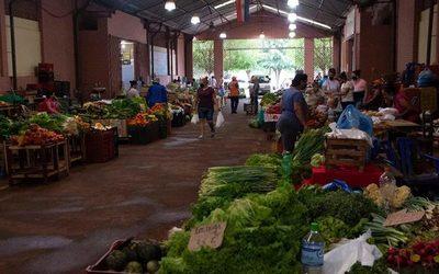 Feria de productores con nueva directiva