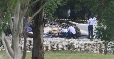 La Nación / Fiscalía y Fuerza Aérea buscan determinar causa del accidente aéreo, afirman