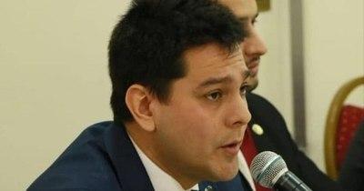 La Nación / López Arce critica a viceministro de Empleo por asumir jefatura de campaña política