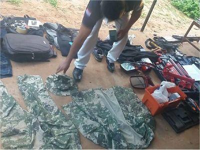 Fiscalía no descarta que algún militar provea uniformes a delincuentes