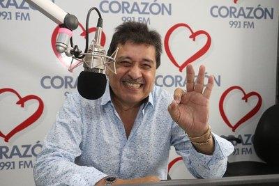 Crónica / Rubén Rodríguez celebra los 11 años de la FM, a la que vio nacer