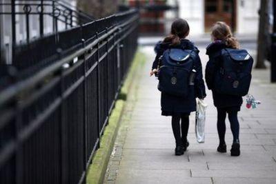Oxford y AstraZeneca probarán por primera vez en niños su vacuna contra el coronavirus