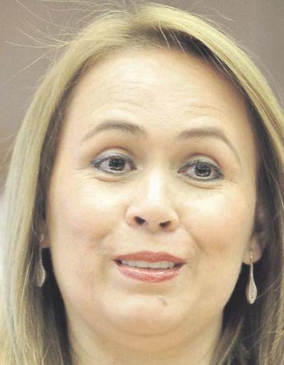 Fonseca dice que está habilitada para competir, pese a denuncias