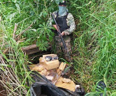 Militares decomisan unos 150 kilos de marihuana en reserva de binacional
