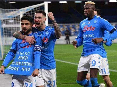 Napoli se venga de Juventus