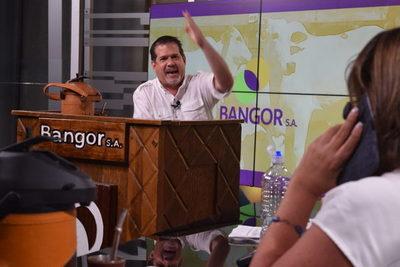 """Ganaderos con """"mucha demanda"""" por invernada en feria de Bangor"""