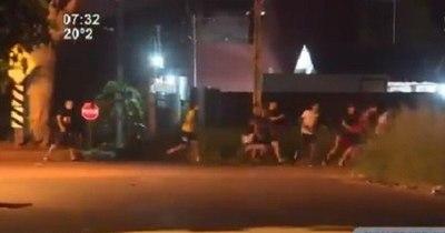 La Nación / Policía sorprendió a más de 30 personas en fiesta clandestina en Ñemby