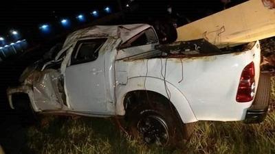 Vuelco de camioneta deja dos heridos en Ciudad del Este