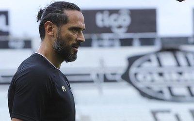 Santa Cruz: los errores de los padres a hijos futbolistas y su debut en Primera